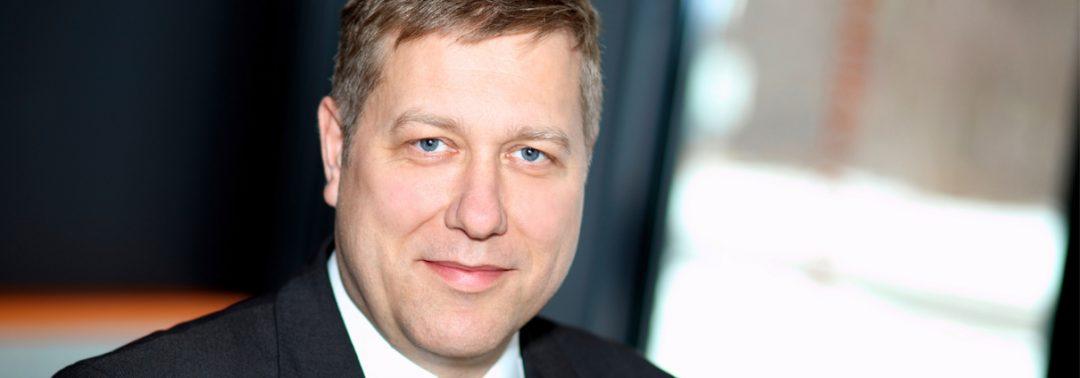 Tino Petsch-CEO-3DMicromac_Slider