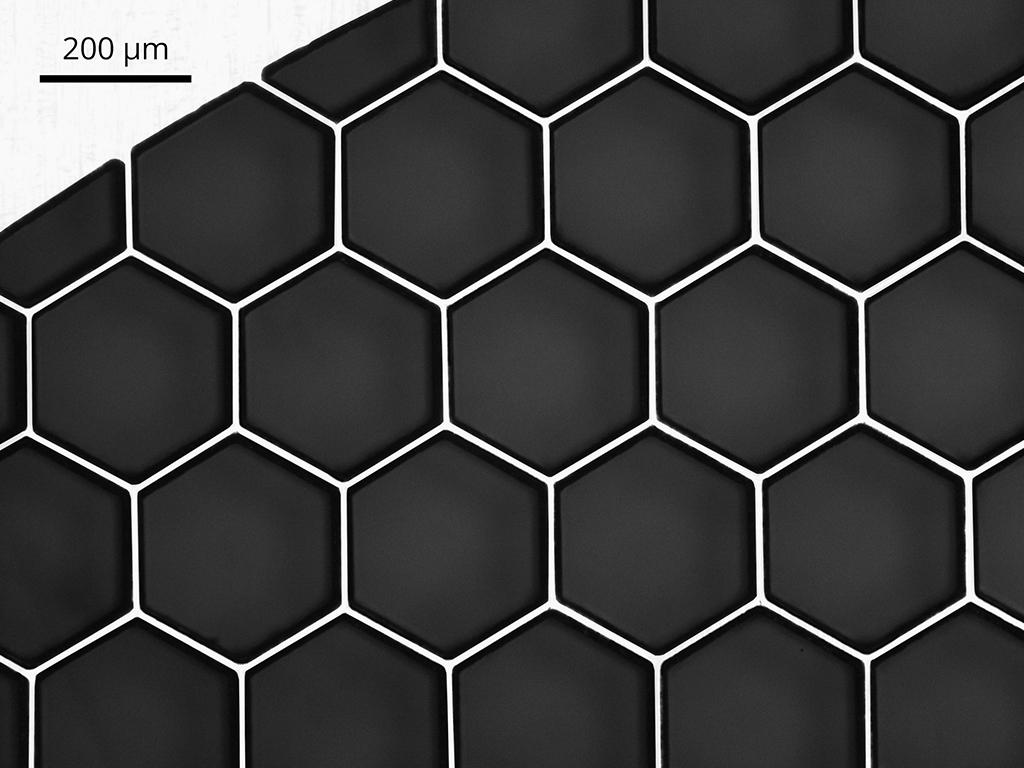 Laserschneiden einer Wabenstruktur