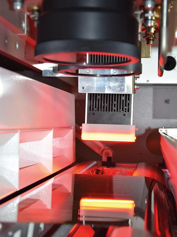 R2R laser scribing of CIGS solar cells